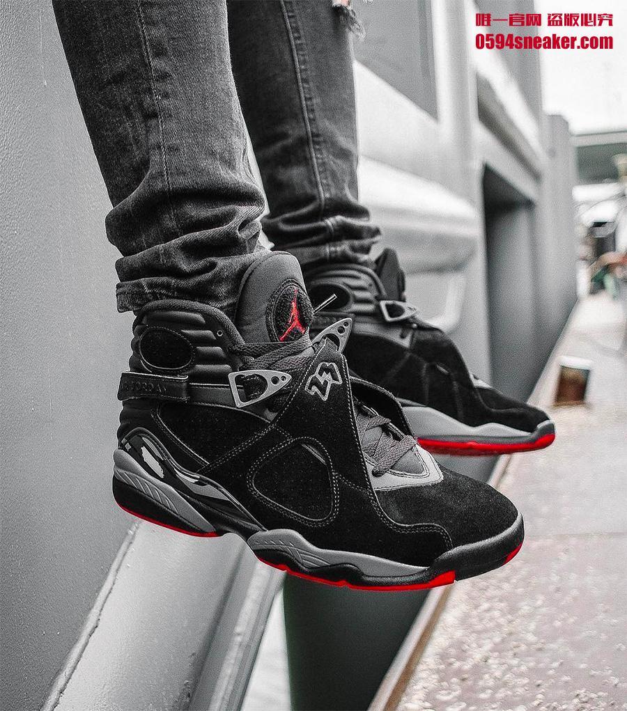 305381-022,AJ8,Air Jordan 8 305381-022AJ8 黑红装扮再现飞人战靴,这双 Bred 配色百搭又霸气十足!