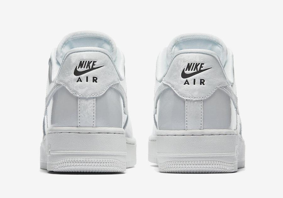 Nike,Air Force 1,898889-009,89  极具光泽度!两款女生专属 Air Force 1 新品即将登场