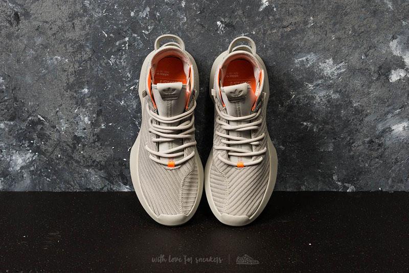 adidas,Crazy 1 ADV PK,CQ0981,C  科比经典天足战靴!Crazy 1 ADV PK 全新配色现已发售