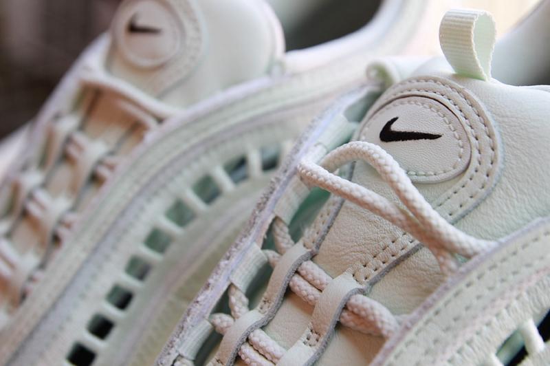 Nike,Air Max 97,AO2326-300  夏日绝配!这样的 Air Max 97 还是第一次见!