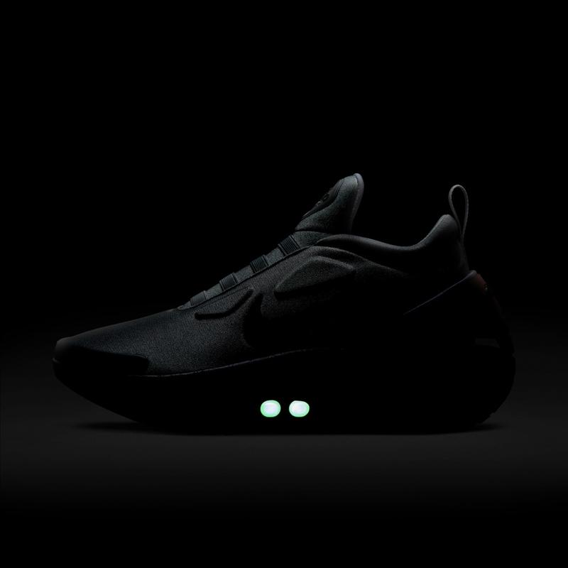 耐克自动系带球鞋 Nike Adapt Auto Max 全新红外线配色发布